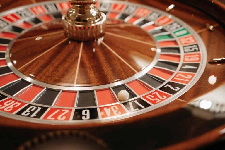 Juega juegos de casino Bitcoin en línea hoy
